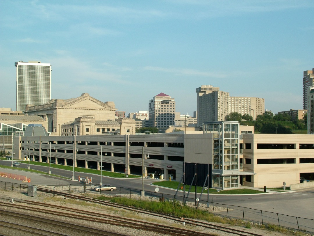 Union Station Garage